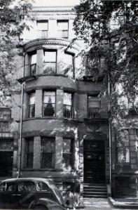 394 Marlborough (ca. 1942), photograph by Bainbridge Bunting, courtesy of the Boston Athenaeum