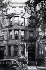 394 Marlborough (ca. 1942), photograph by Bainbridge Bunting, courtesy of the Boston Athenaeum