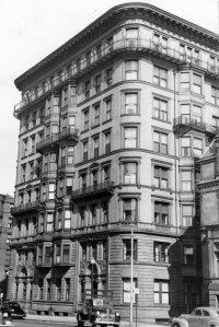416 Marlborough, Massachusetts Avenue façade (ca. 1942), photograph by Bainbridge Bunting, courtesy of The Gleason Partnership