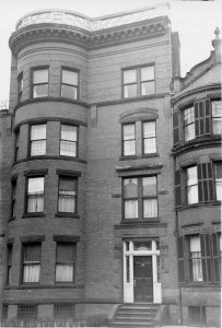 431 Marlborough (ca. 1942), photograph by Bainbridge Bunting, courtesy of The Gleason Partnership